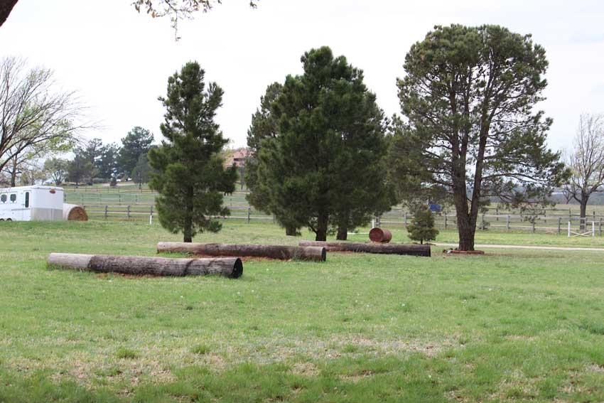 outdoor-obstacles-jps-bacacita-farms
